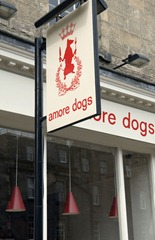 amore dogs