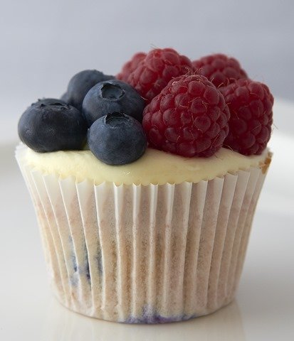 Berry Cupcakes_382