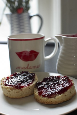 Scones with homemade jam and a nice hot cuppa