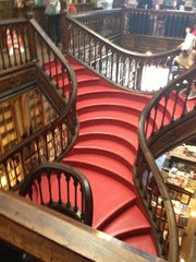 The Staircase that inspired Hogwarts!