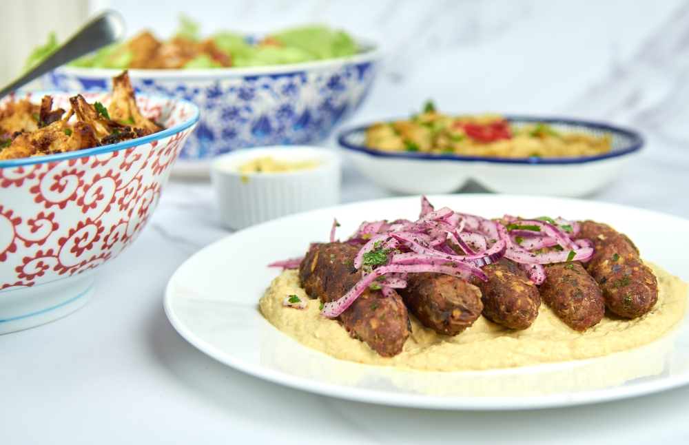 Simple Hummous (under the Beef Kebabs!)